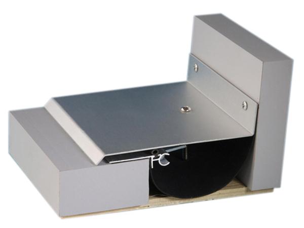 外墙变形缝SE-EM 金属盖板型